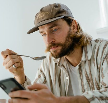 Texting After the First Date isn't Challenging